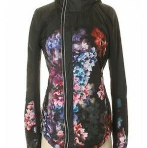 Lululemon rare get up glow jacket floral s